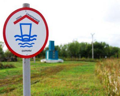 Как определяется зона санитарной охраны (ЗСО) скважины